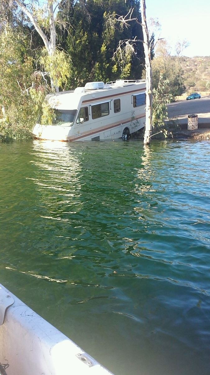 Motorhome In Lake Jennings