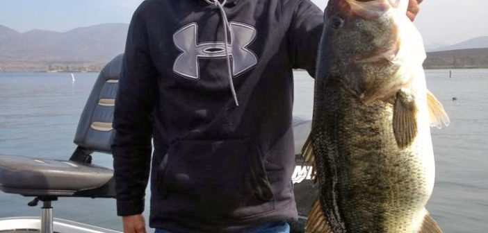 15 5 pound bass caught at lower otay for Otay lakes fishing