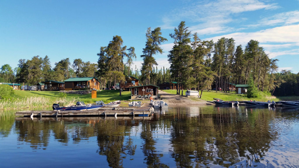 Evergreen-Lodge-lake-view